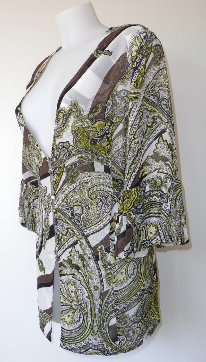 Transparante bloes met abstrakte print