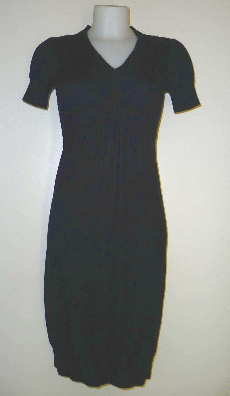 Licht gebreide jurk met korte mouwen