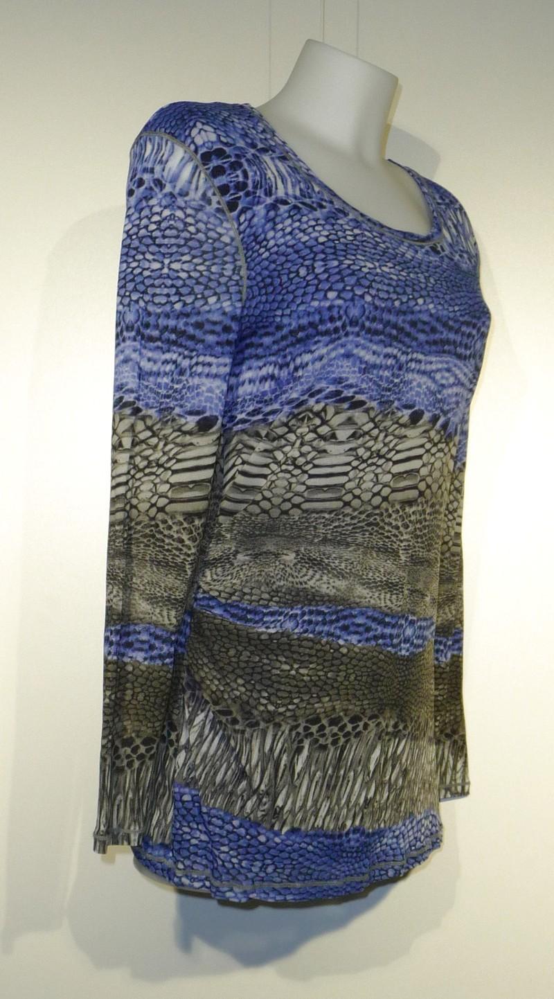 Chiffon bloes met snake print