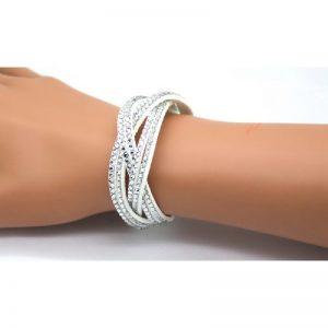 Lederen armband met strass steentjes